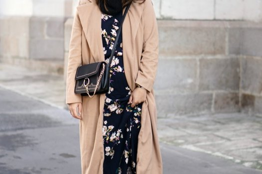 La Longue Robe à fleurs