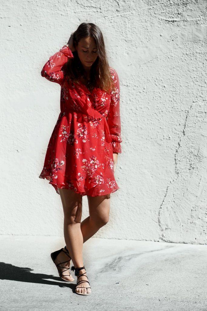 robe rouge à fleures