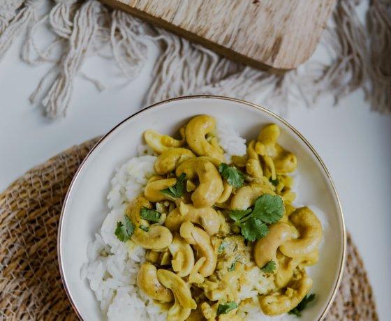 Curry vegan aux noix de cajou