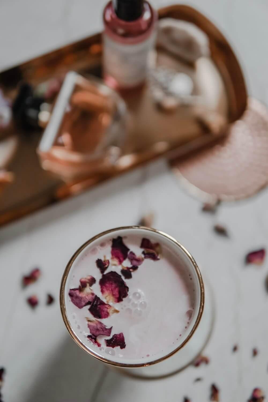 moon milk rose