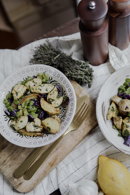Salade de poulet au fèves