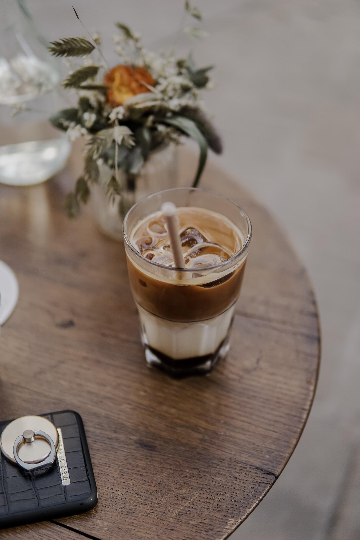café penché