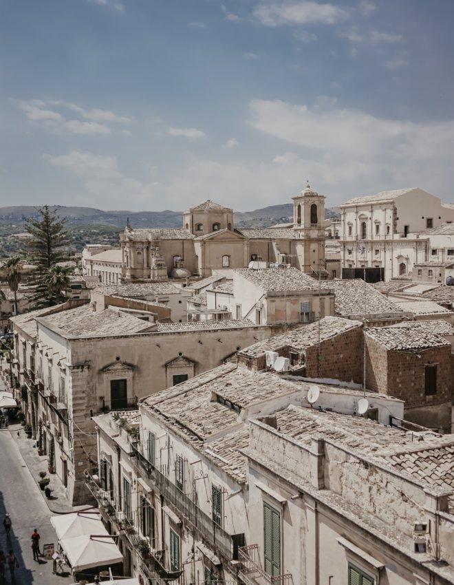 Visiter la Sicile: Noto
