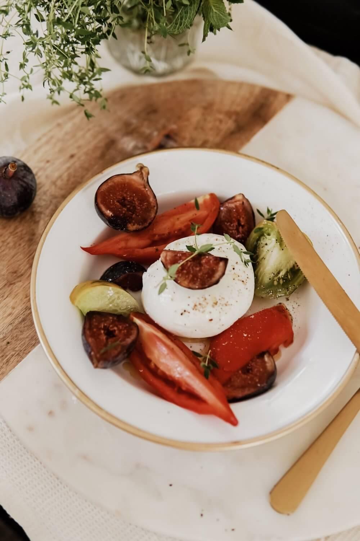 recette moza di buffala, tomates anciennes et figues